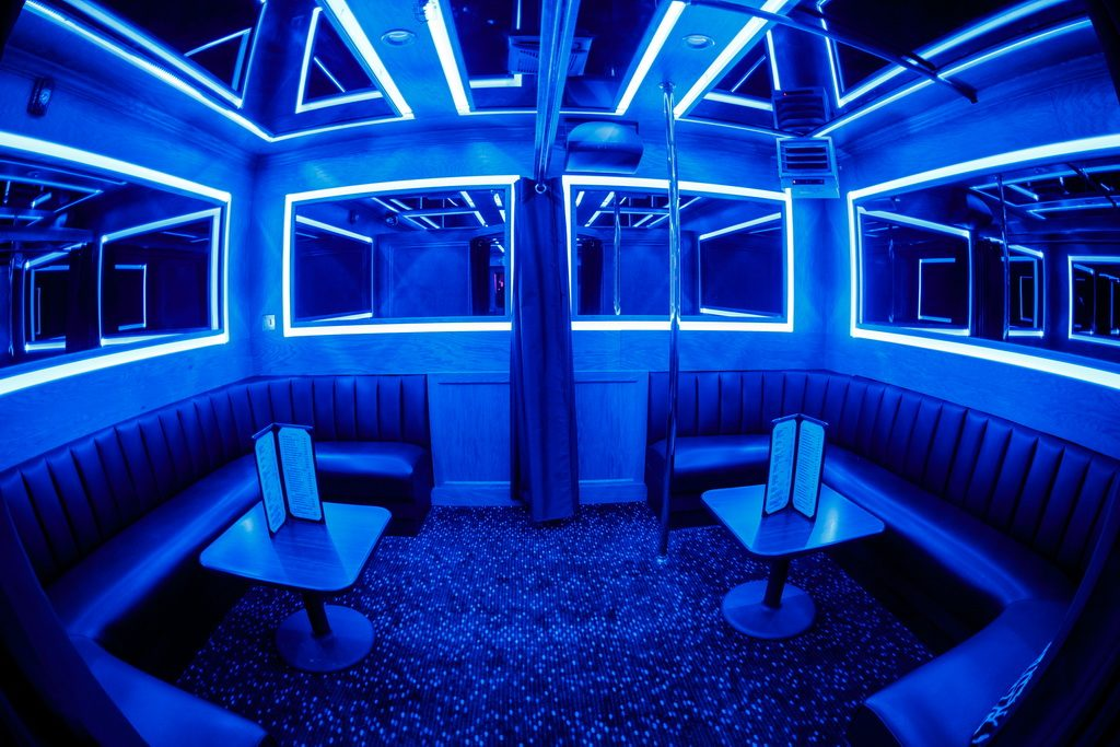 FlashDancers Midtown Inside Image 8